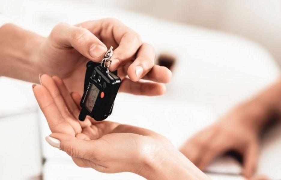 Dekking Keyless Entry auto onder druk